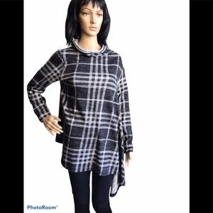 Vivian Wong Plaid Asymmetrical Top